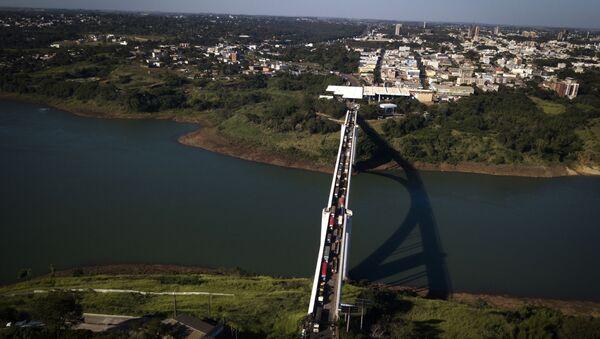 Frontera entre Paraguay y Brasil en Ciudad del Este y Foz de Iguazú - Sputnik Mundo