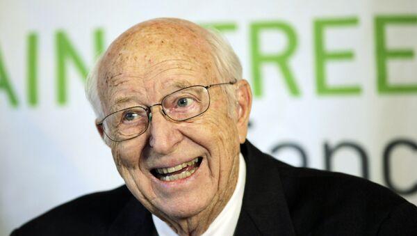 William Henry Gates Sr, padre del fundador de Microsoft, Bill Gates (archivo) - Sputnik Mundo