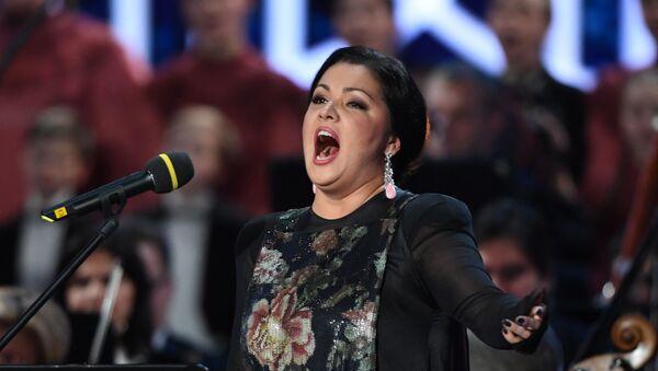 Anna Netrebko, la soprano ruso-austriaca  - Sputnik Mundo
