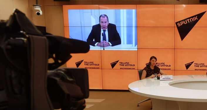 El canciller ruso, Serguéi Lavrov, durante la entrevista con Sputnik