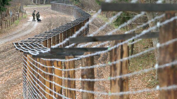 La frontera entre Bielorrusia y Polonia - Sputnik Mundo