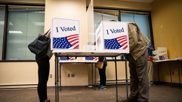 La votación anticipada en EEUU - Sputnik Mundo