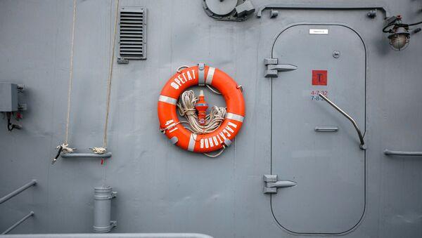 Un buque de la Flota rusa durante el ejercicio Kavkaz 2020 - Sputnik Mundo