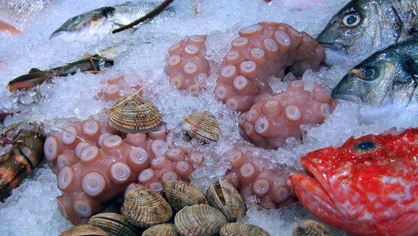 Productos alimenticios marinos (imagen referencial) - Sputnik Mundo