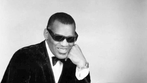 Ray Charles, cantante y pianista estadounidense - Sputnik Mundo