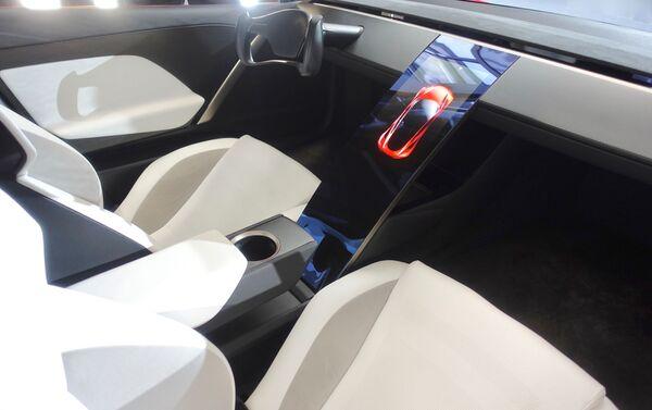 El interior de un Tesla Roadster 2020 - Sputnik Mundo
