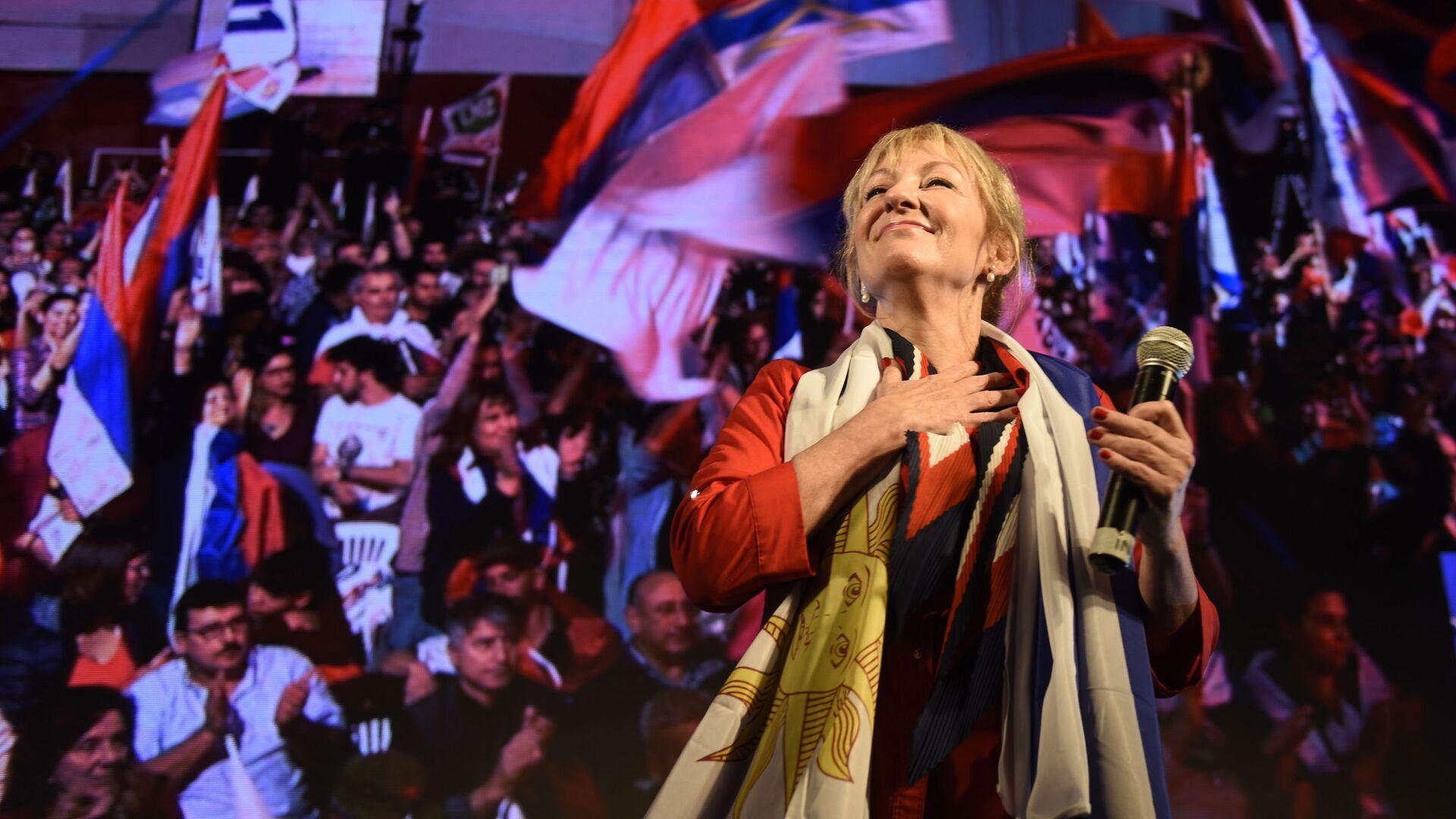 Carolina Cosse durante un acto del Frente Amplio - Sputnik Mundo, 1920, 30.06.2021