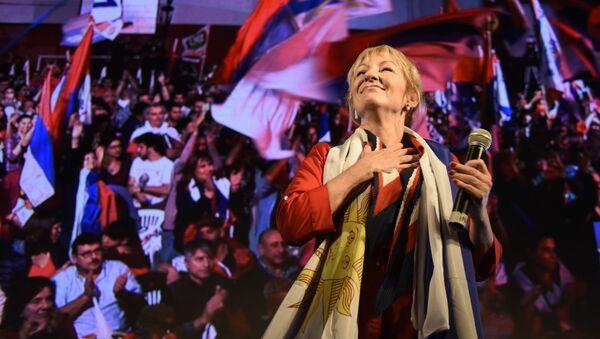 Carolina Cosse durante un acto del Frente Amplio - Sputnik Mundo