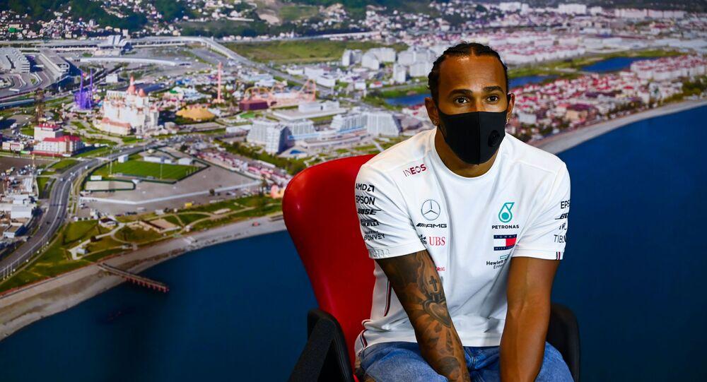 Lewis Hamilton disputa el GP de Rusia en Sochi