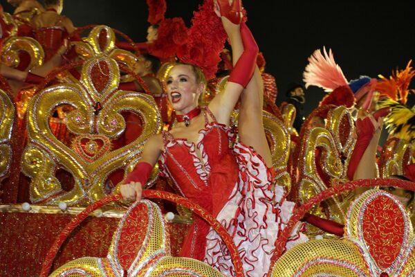 Sin Carnaval de Río de Janeiro: las imágenes de los años pasados   - Sputnik Mundo