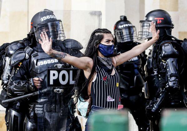 Protestas, festivales y desfiles en las fotos más impresionante de la semana - Sputnik Mundo