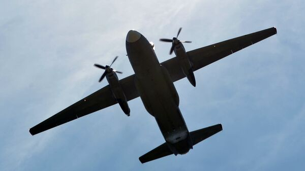 Un avión militar Antonov An-26 - Sputnik Mundo