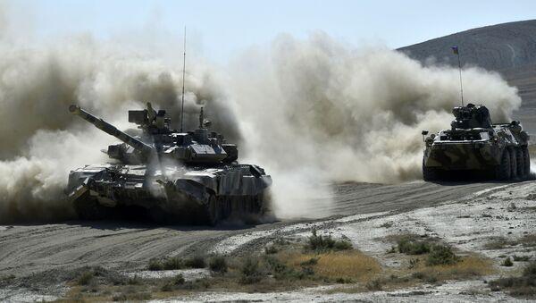 Equipo militar azerí (archivo) - Sputnik Mundo