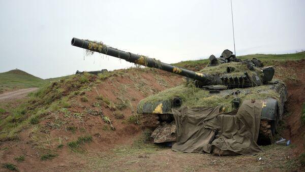 Un tanque de Nagorno Karabaj  - Sputnik Mundo