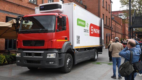 El camión eléctrico ruso Moskva - Sputnik Mundo