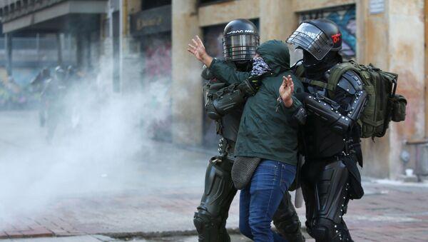 Protestas en Bogotá, Colombia - Sputnik Mundo