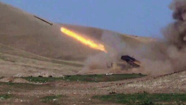 Escalada del conflicto en Nagorno Karabaj - Sputnik Mundo