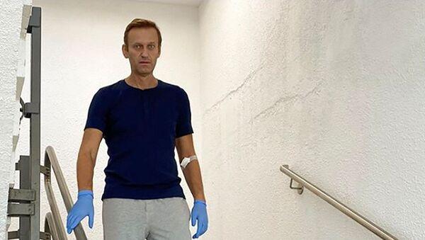 Alexéi Navalni, opositor ruso, en la clínica Charité en Berlín - Sputnik Mundo