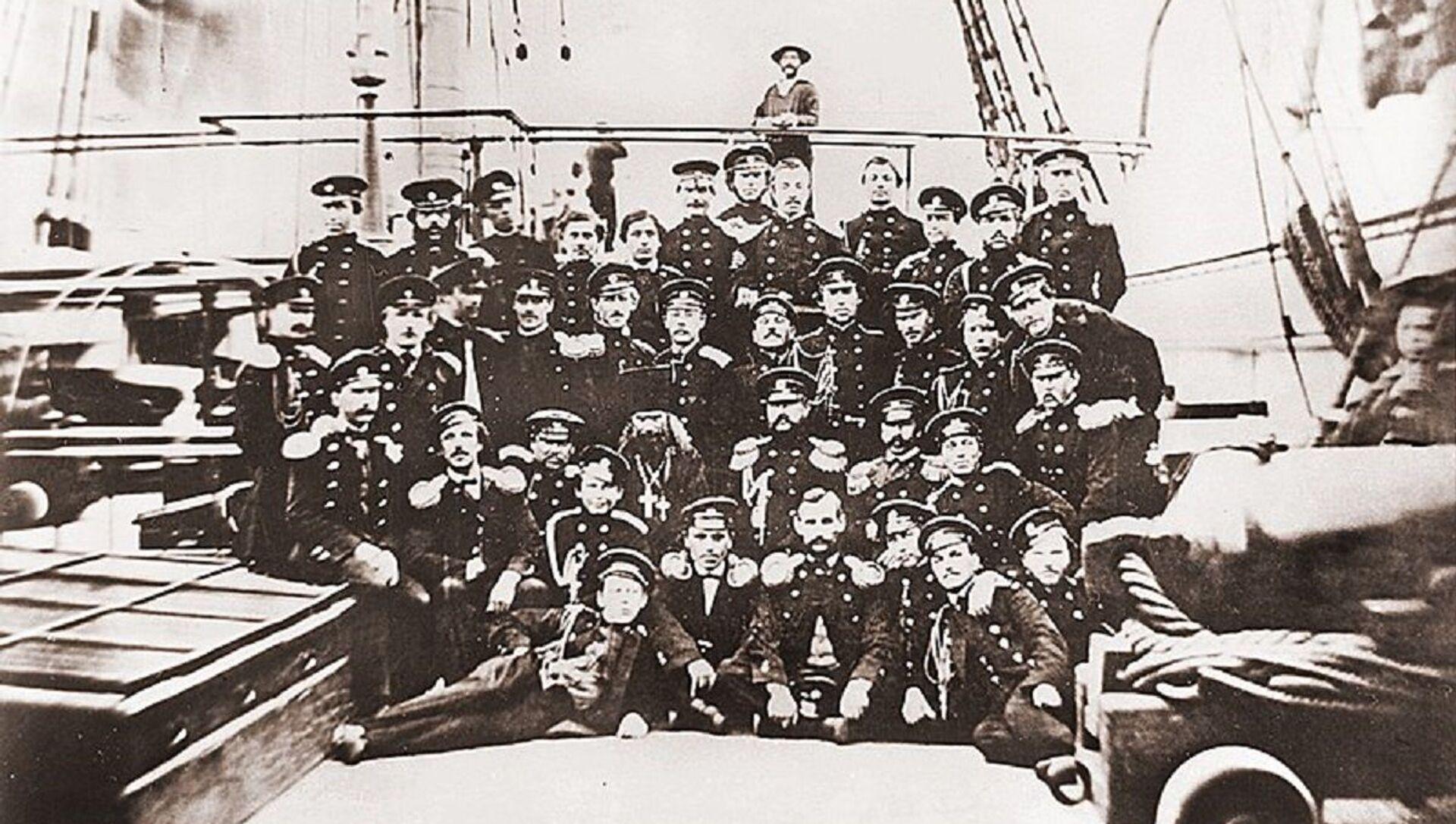 Oficiales rusos a bordo de la fragata Peresvet, en Boston, en 1863 - Sputnik Mundo, 1920, 01.10.2020