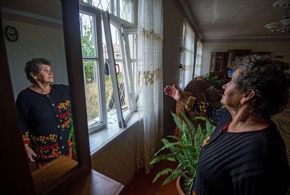 Lágrimas y sufrimiento: así se vive el conflicto en Nagorno Karabaj - Sputnik Mundo