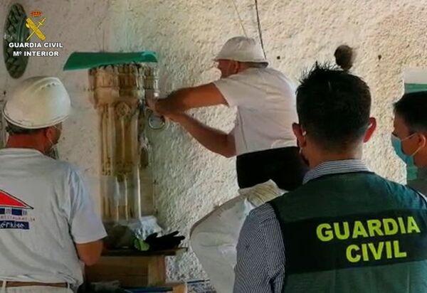 Trabajos de recuperación del torreón almenado en Chinchón (Madrid) - Sputnik Mundo