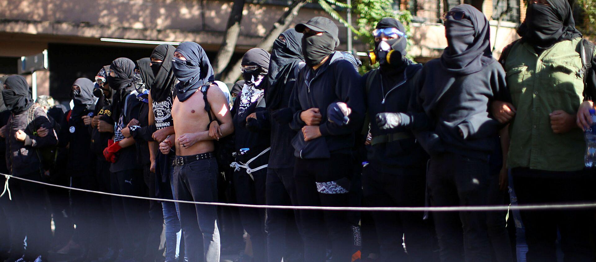 Manifestantes en México - Sputnik Mundo, 1920, 03.10.2020
