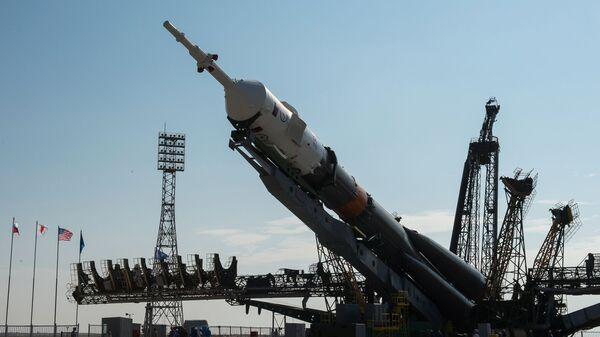 Un cohete portador Soyuz-FG en el cosmódromo de Baikonur (archivo) - Sputnik Mundo