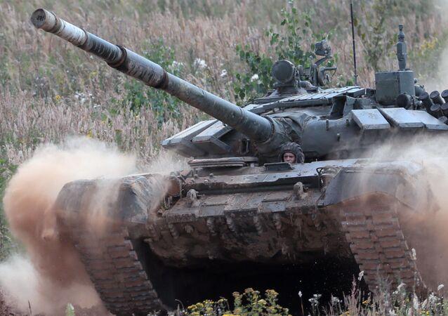 Un tanque del Ejército azerí