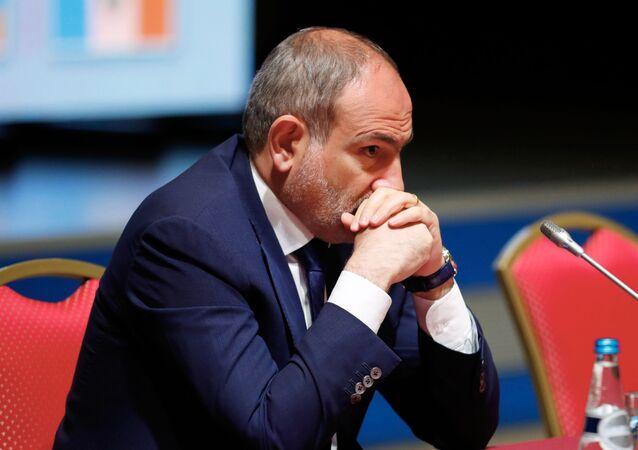 Nikol Pashinián, primer ministro de Armenia,