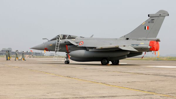 Un caza rafale de las FFAA indias - Sputnik Mundo