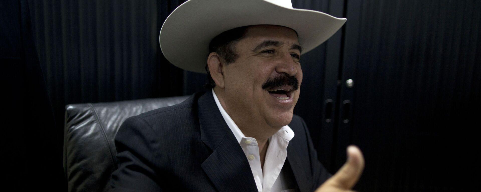 Manuel Zelaya, expresidente de Honduras - Sputnik Mundo, 1920, 15.07.2021