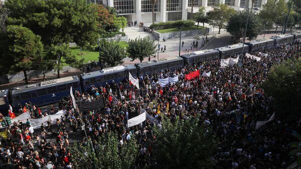 Protestas en Atenas, Grecia - Sputnik Mundo