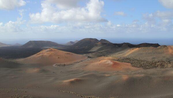 Parque nacional de Timanfaya (Lanzarote) - Sputnik Mundo