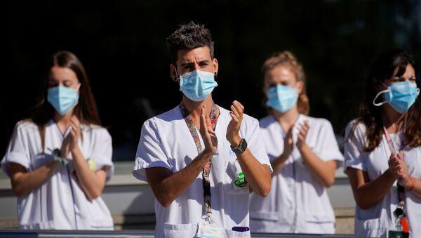 Protesta de sanitarios en Madrid. 7 de octubre de 2020 - Sputnik Mundo