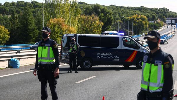 Controles policiales en las carreteras de España - Sputnik Mundo