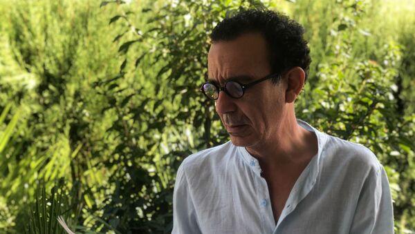 Diego Doncel, ganador del Premio Internacional de Poesía Loewe 2020 - Sputnik Mundo