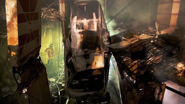 Lugar del explosión en Beirut - Sputnik Mundo