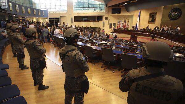 Ocupación militar del Parlamento de El Salvador - Sputnik Mundo
