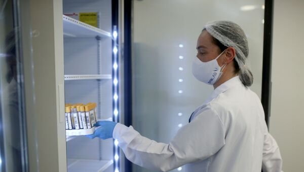 Una enfermera colombiana - Sputnik Mundo