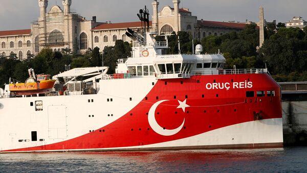 El buque turco Oruc Reis - Sputnik Mundo