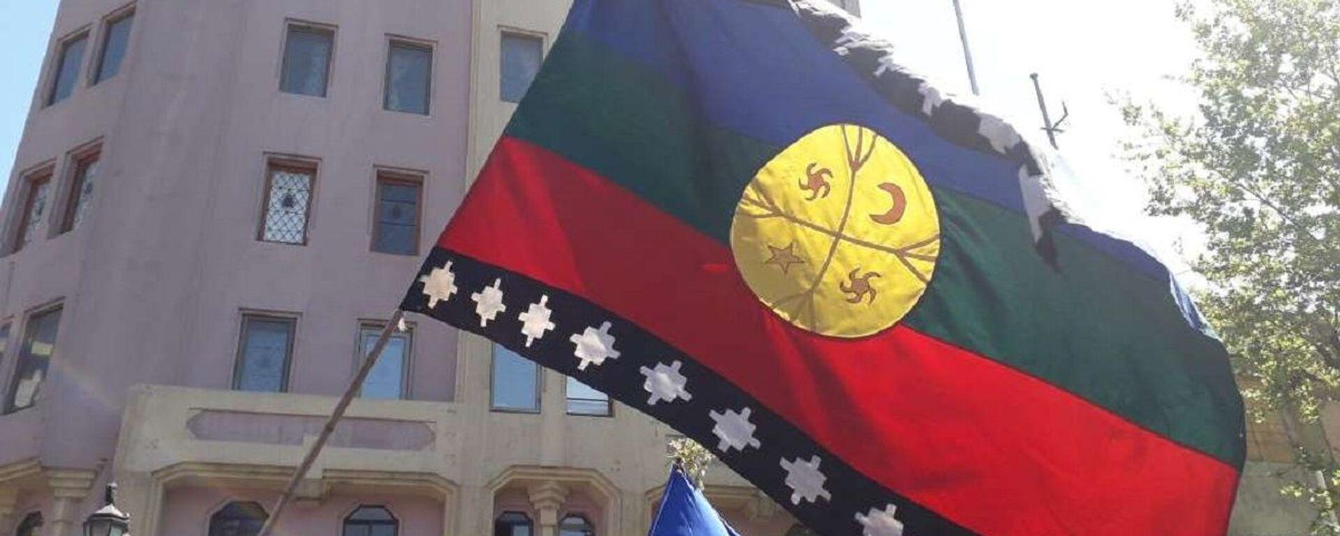Marcha por la lucha mapuche y el 12 de octubre en Chile - Sputnik Mundo, 1920, 14.05.2021