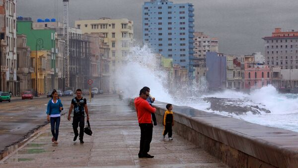 Tormenta en La Habana - Sputnik Mundo