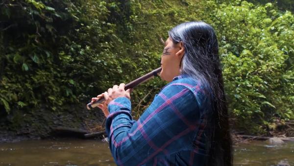 Indígenas de cuenca Amazónica celebran 528 años de resistencia con video musical - Sputnik Mundo