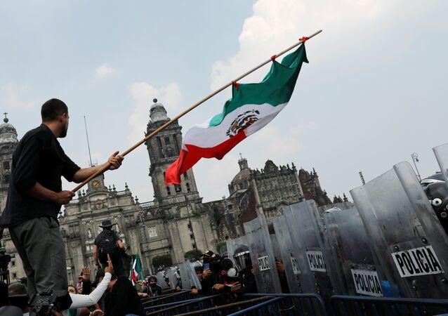 Protesta contra el presidente de México, Andrés Manuel López Obrador