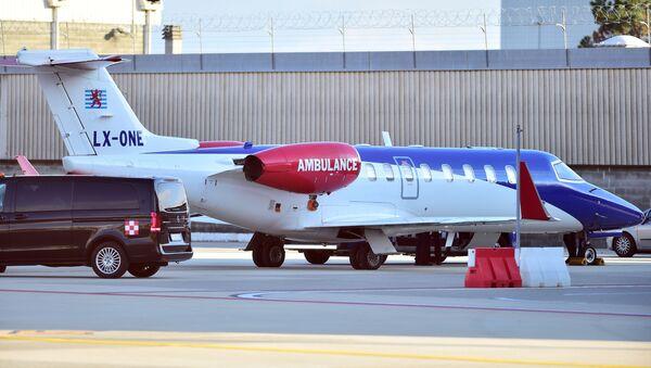 La ambulancia aérea en la que se cree que viajó Cristiano Ronaldo llega al aeropuerto de Turín, Italia - Sputnik Mundo