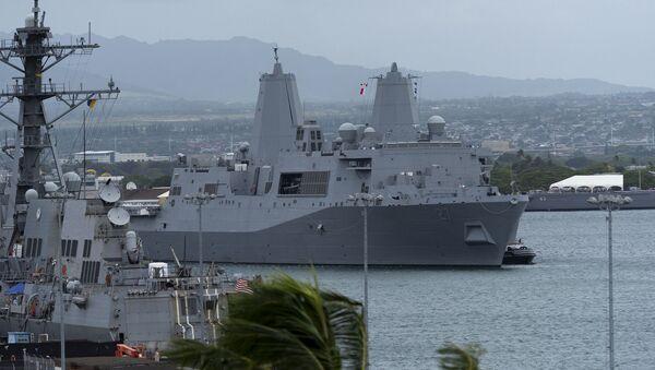 Buque estadounidense USS Portland - Sputnik Mundo