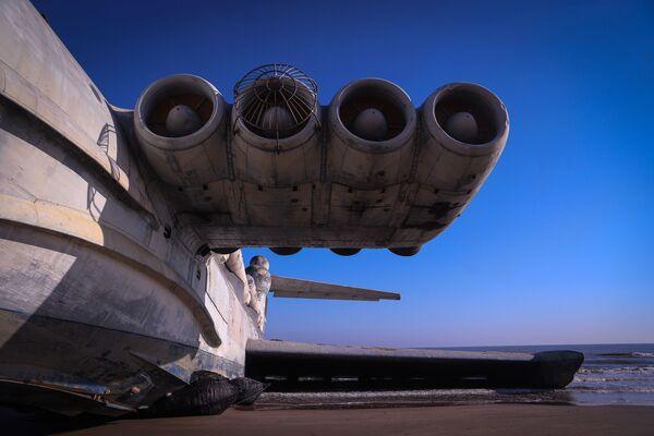 El ekranoplano soviético Lun: el único híbrido de combate entre barco y avión   - Sputnik Mundo