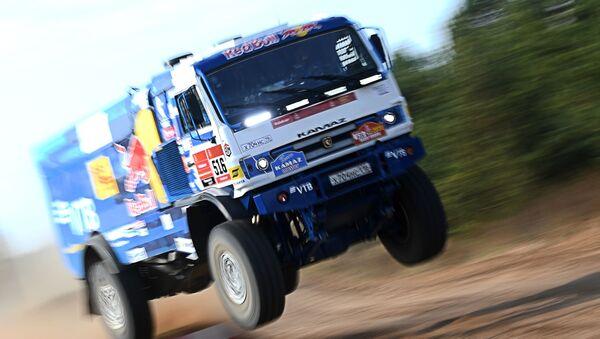 El equipo ruso KAMAZ-master se prepara para el Rally Dakar 2021 - Sputnik Mundo
