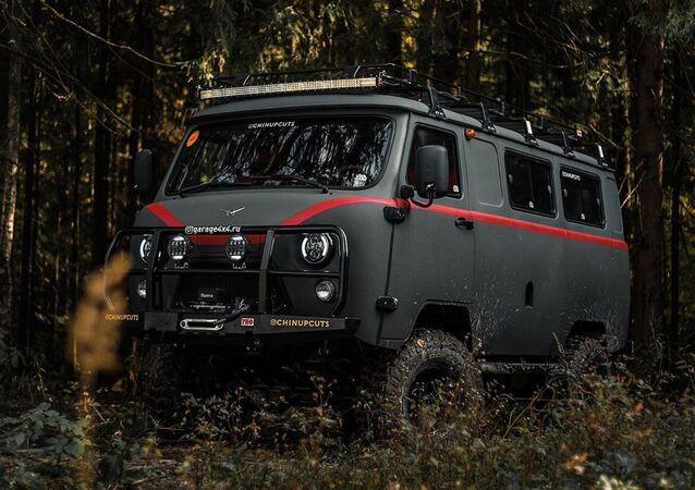 El inusual tuning de furgoneta UAZ-452