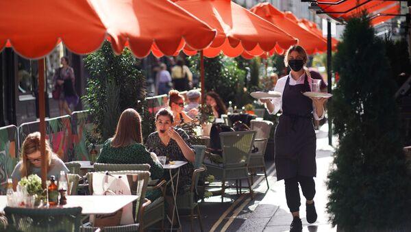 Un restaurante del barrio soho en Londres (archivo) - Sputnik Mundo